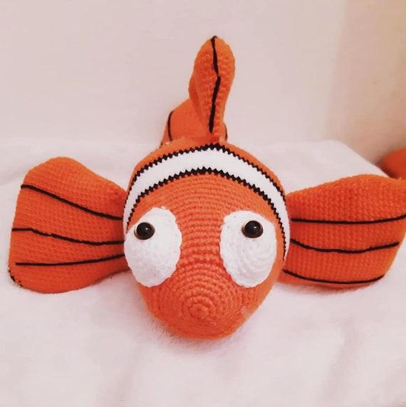 Finding Dory. Finding Nemo Crochet Amigurumi Toys, Design & Craft ... | 572x570