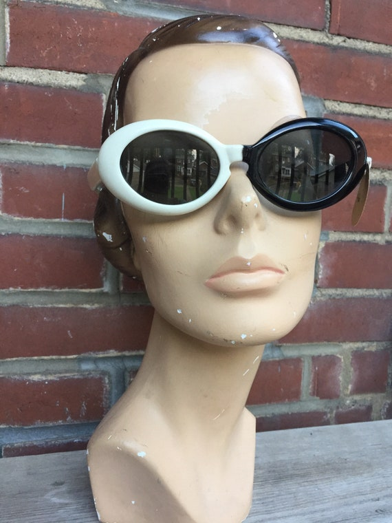 Mod 60's Deadstock Sunglasses by Etsy