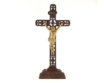 Garden - cast metal large Crucifix (52 cm)