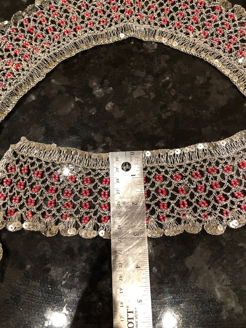 VINTAGE COLLAR and CUFFS with metallic silver thread and pink beads
