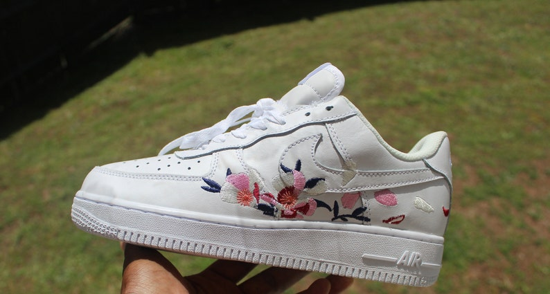 reputable site f6c62 af151 Nike Air Force 1 One,Custom shoes, Nike Air, Nike Shoes,Nike Airforce,Air  force 1, Nike,Women's Shoes
