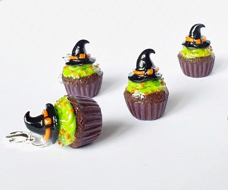 Halloween witch hat cupcakesminiature food charmsfood image 0