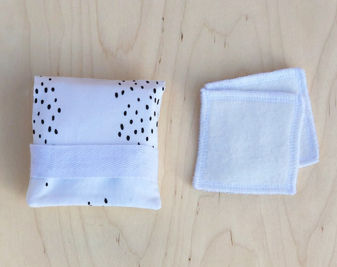 Travel Pouch for Reusable Makeup Pads - Smudge
