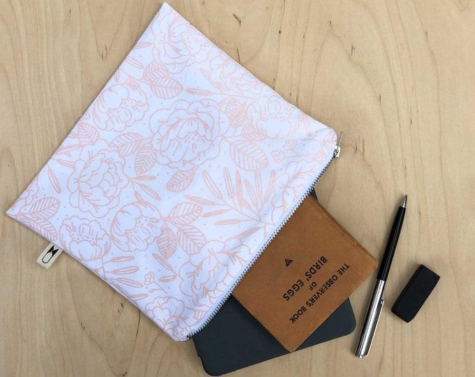 Medium zipper pouch | Peach Floral