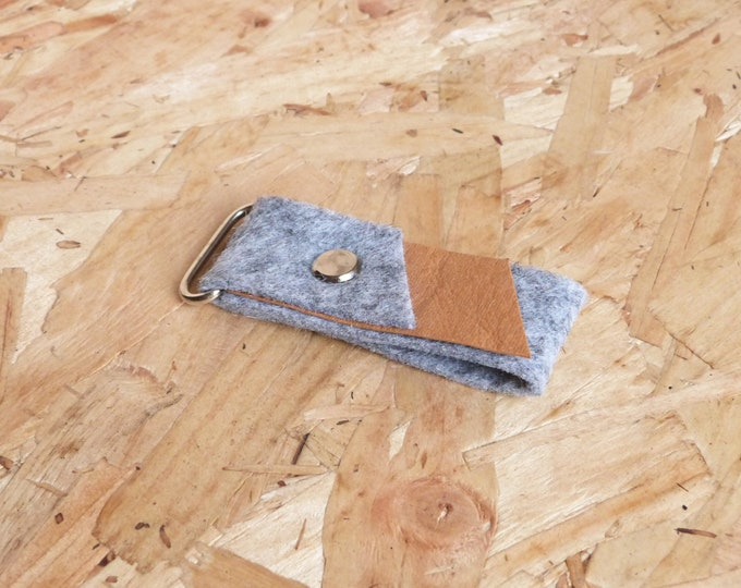Washable paper & grey felt keyring