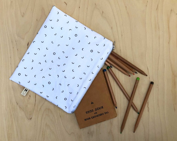 Medium zipper purse   Divots