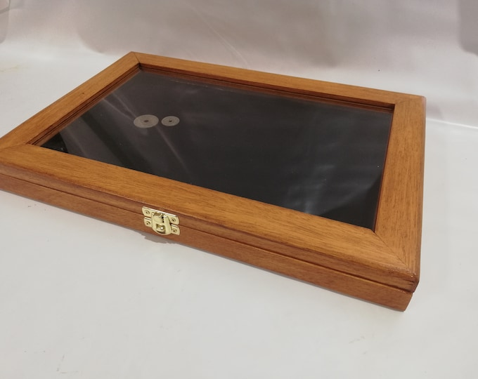 Wooden case expositor for coins or medals, malacology, gems, Poker,Fiches  customizable wooden display showcase