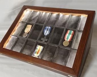 Medagliere vetrina espositore con luce LED in legno per collezionismo