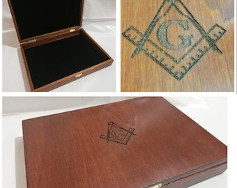 Wooden casket for Masonic collectibles Freemasonry square and compass