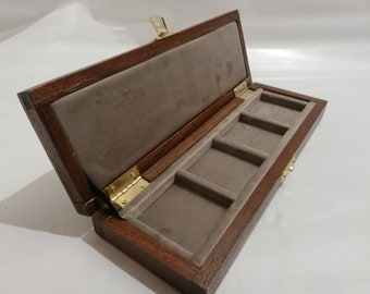 Wooden case for coins or medals 4 boxes 50 x 50 mm