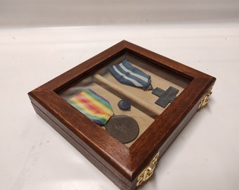 Wooden case for military medals, wooden and velvet glass display case