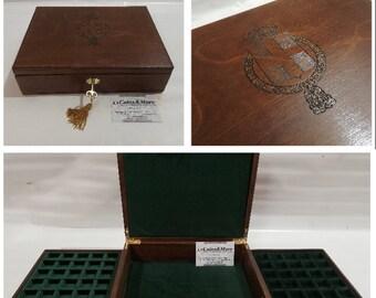 Cofanetto in legno per monete medaglie Regno d'Italia 2 vassoi in velluto Italiano e serratura -  handmade by Furio Troiano