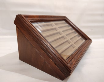 Pen box, wooden case. Display for fountain pen collection