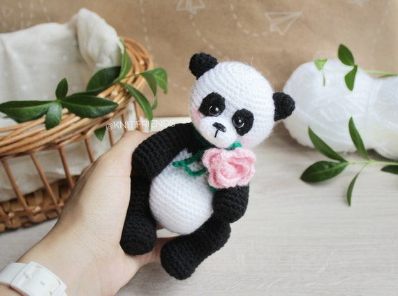 Super Cute Panda Crochet Patterns You Will Love | The WHOot | 424x570