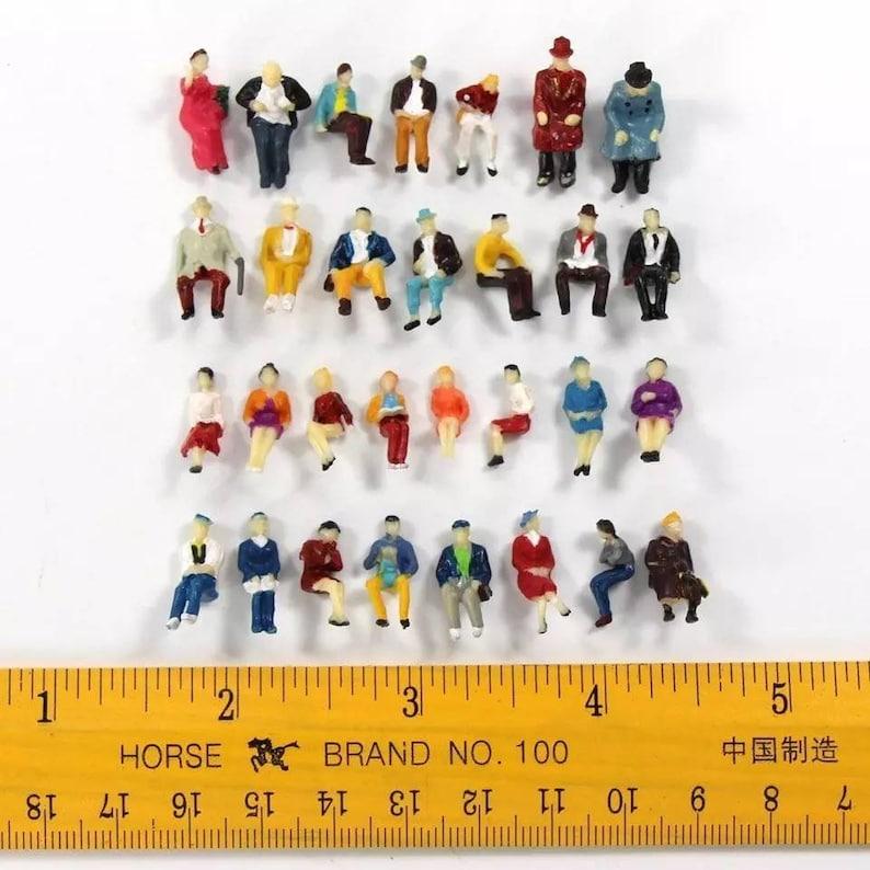 PEOPLE Miniature little 1:87 50pcs Humans ALL SEATED Passengers Scale Model Figurine landscape scenery accessories mini Tiny scene Scenery