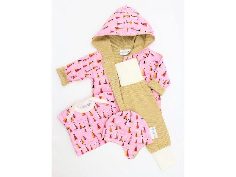 Handmade Baby set Freda Pumphosis Cap turning image 0