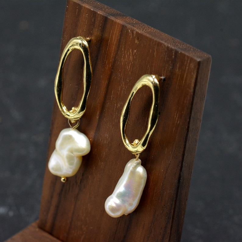 Natural Baroque Pearl Earrings,Minimal Gold Earrings,Mismatching Earrings