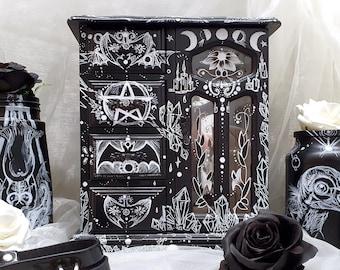 Custom GOTH gothic Black Storage wooden BOX Moth Decorative make up jewelry spooky HALLOWEEN  witch crystal pentagram home decor interior