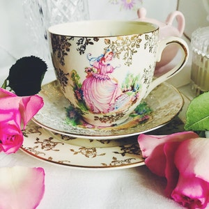 Tea Party set Bridal ShowerTea PartyWedding ShowerFarmhouseRustic party 7 England Tea Cups Yellow Roses