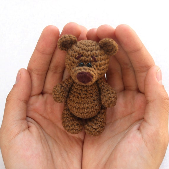 Free and Small Teddy Bear Keychain Amigurumi Pattern Ideas - Free ... | 570x570