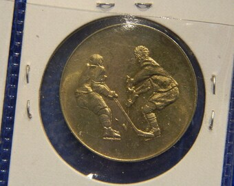 1972-1997 Canada 0.925 Sterling Silver Commemorative Pin Hockey Gold Medal Game