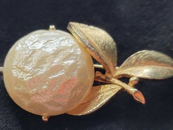 Vintage Pearl Bloom Brooch Sarah Coventry/Vintage… - image 2