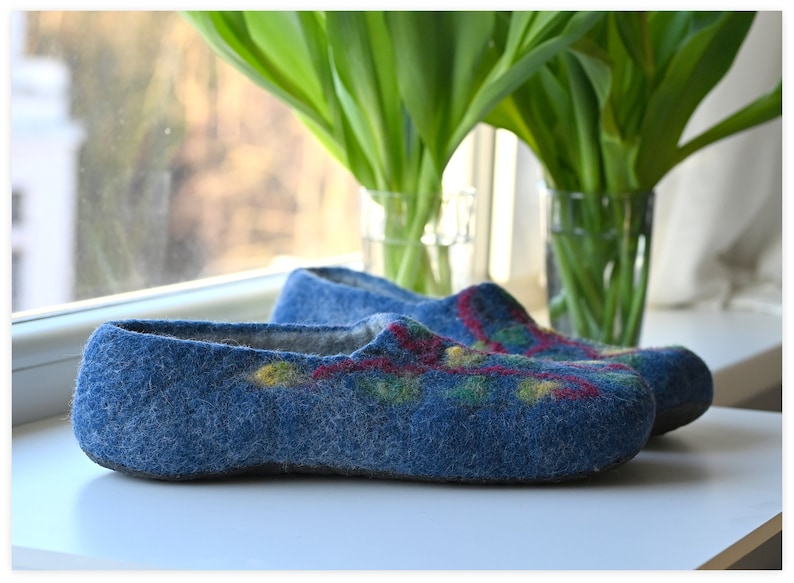Men slippers; felted man home shoes slippers; Woolen man gentleman slippers; Gift idea for father brother husband; Father/'s day gift; EU 45