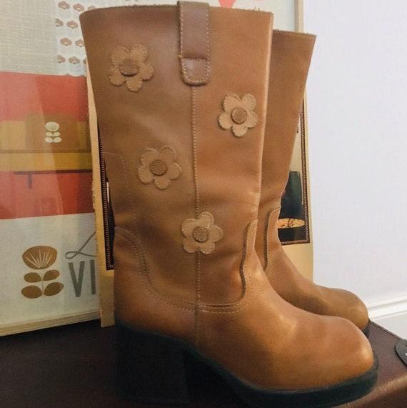 Retro // Flower Power // Leather Boots// UK5.5 / E