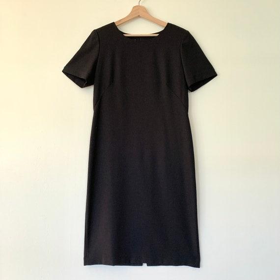 1990s Leslie Fay short sleeve sheath black dress