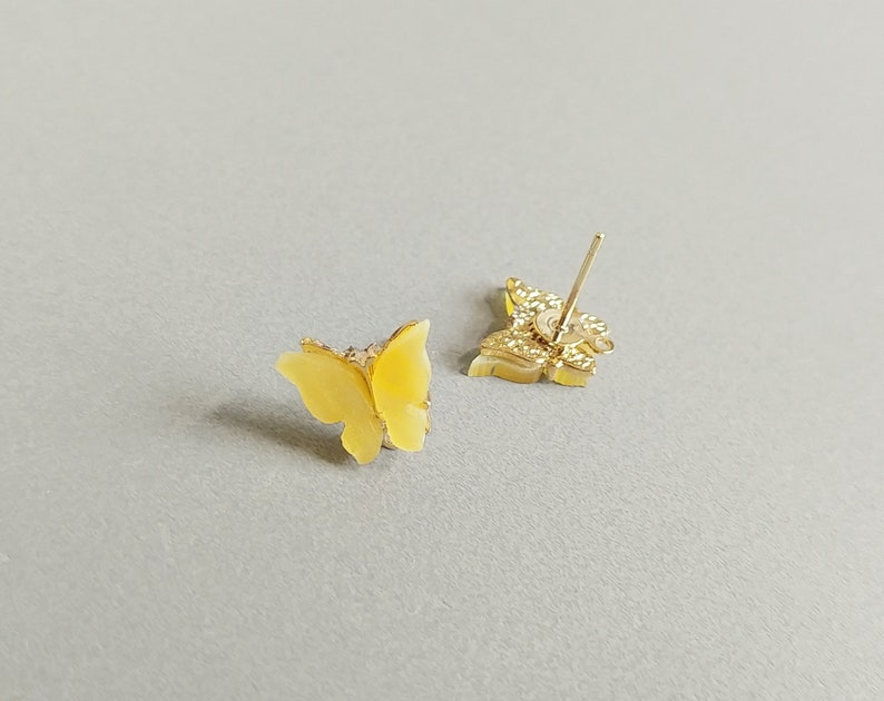 Butterfly 10mm Acrylic Pearl Butterfly Earring Stud Cellulose Acetate Earring EPG0054E-YE 2 PCS Plastic Earring Post