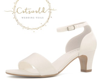Beautiful Bridal Shoes, Ivory Satin Brides Shoes, Mid Heel Bridal Shoes