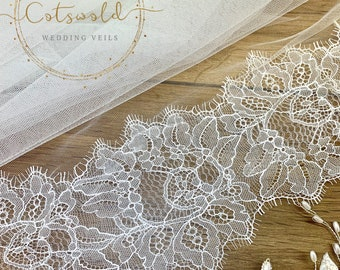 "79"" Wedding Veil with a French Lace Edge - Single Layer,  Soft Tulle Wedding Veil, 79 inches, 200 cm - Ivory Veil, Floor Length,  Lace Veil"