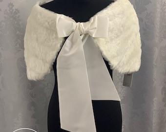 Stunning Faux Fur Shrug, Wedding Bolero, Bridal Cover Up, Brides, Bridesmaid, Faux Fur Cape, Ivory