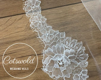 "32"" French Lace Edge - Two Tier Soft Tulle French Lace Wedding Veil, 32 inches, 82 cm - Ivory Veil, Waist Length"