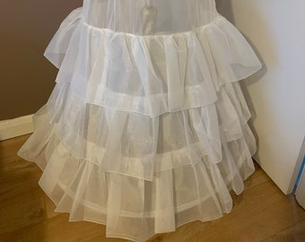 Wedding Dress Underskirt, Bridal Petticoat, Bridal Gown Petticoat with 3 Hoops & 3 Ruffles , Lingerie, 320cm Hoop, Ivory or White