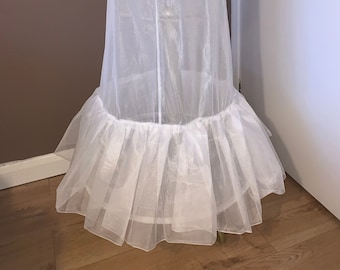 Wedding Dress Underskirt, Bridal Petticoat, Bridal Gown Petticoat with 2 Hoops & Ruffle , Lingerie, 270cm Hoop, Ivory or White