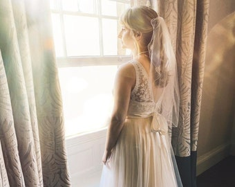 "Wedding Veil, 24"" Pencil Edge, Corded Edge - Single Layer Soft Tulle Veil, 24 inches, 60 cm - Ivory Veil, Elbow Length"