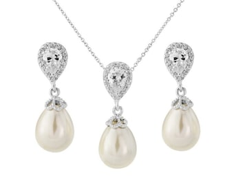 Precious Shimmer Pearl Bridal Set, Earrings & Necklace, Wedding Jewellery, Bridal, Bride, Bridesmaid, Pearl Crystal Necklace and Earrings