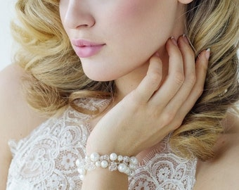 Delicate Swarovski & Pearl Sparkle Bracelet, Bridal Accessories, Wedding Jewellery