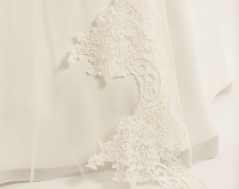 "110"" Wedding Veil,  Single Layer Soft Tulle Lace Edge Veil, 110"", 110 inches, 280 cm - Ivory Veil, Cathedral Length"
