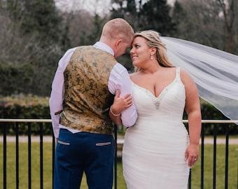 "67"" Genuine Swarovski Bridal Wedding Veil,  Pencil Edge - Single Layer Tulle Veil 67 inches, 170 cm - Ivory Veil, Floor Length"