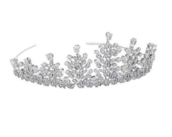 Stunning Crystal Encrusted Bridal Tiara, Wedding Tiara, Bridal Accessories, Silver Tiara, Brides, Hair Accessories