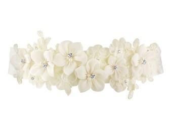Beautiful Bridal Vintage Floral Sash,  Wedding Dress Belt, Ivory Sash, Pearl & Crystal Embellished Ivory Ribbon