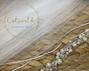 "32"" Genuine Swarovski Bridal Veil,  Pencil Edge - 2 Tier Diamond Tulle Veil,  32 inches, 82 cm - Ivory or white, Waist Length"