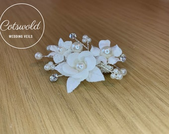 Beautiful Train Pin, Wedding Dress Train Pin, Floral & Pearl Dress Pin, Bridal Gown Clip