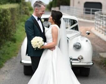 "87"" Swarovski Wedding Veil, Pencil Edge,  Single Layer Soft Tulle Veil 87 inches, 220 cm - Ivory Veil, Floor Length"