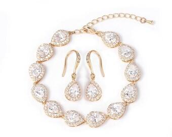 Beautiful Crystal Teardrop Braclet Set - Silver, Gold or Rose Gold, Wedding Jewellery, Bridal, Bride, Bridesmaid