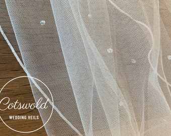 "32"" Genuine Swarovski Beads Bridal Wedding Veil,  Corded Edge - Single Layer Tulle Veil 32 inches, 82 cm - Ivory Veil, Waist Length"