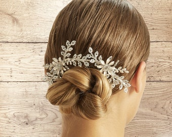 Pearl & Crystal Floral Headpiece, Vintage Bridal Accessories, Bridesmaid Hair, Bridal Headpiece, Silver Bridal Headpiece