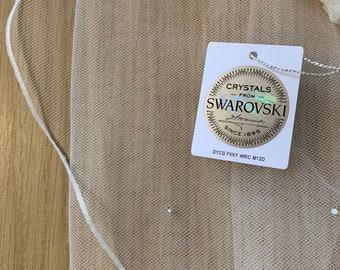 "32"" Genuine Swarovski Bridal Wedding Veil,  Pencil Edge - Single Layer Tulle Veil, 32 inches, 82 cm - Ivory Veil, Waist Length"
